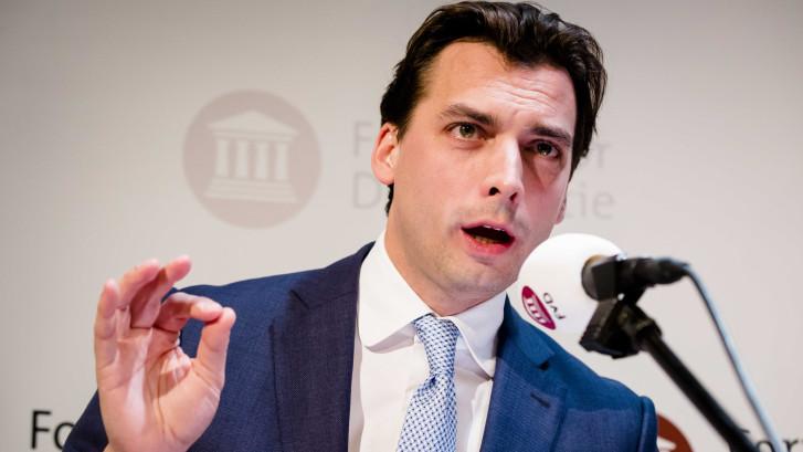 LIVE | Forum voor Democratie stijgt naar 13 zetels, minister boos op Baudet
