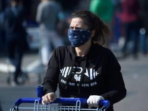 Le Conseil supérieur de la Santé préconise l'obligation du masque dans les magasins