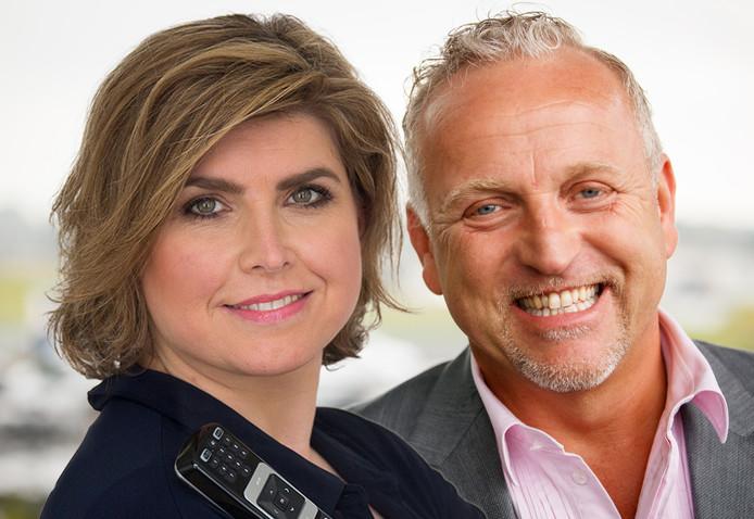 Angela de Jong en Gordon die de confrontatie met de columnist uit de weg ging.