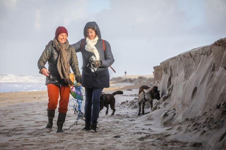 Knokke kliffen op het strand