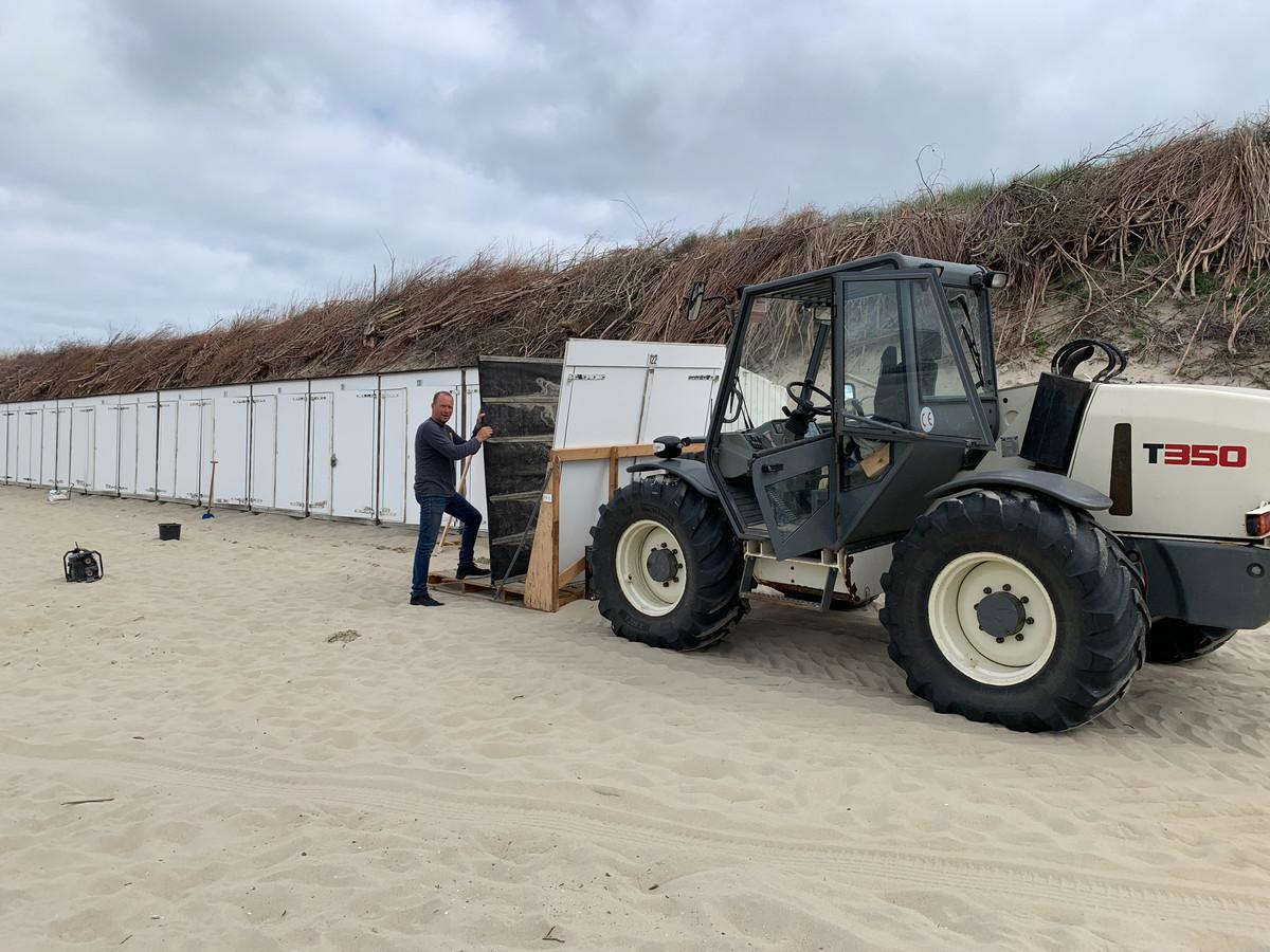 Uiterlijk 15 mei wordt bepaald wanneer strandhuisjes gebruikt mogen worden.