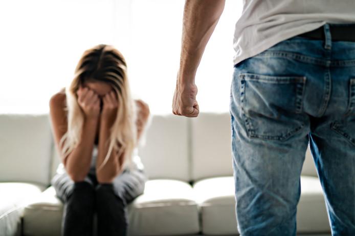 Huiselijk geweld.