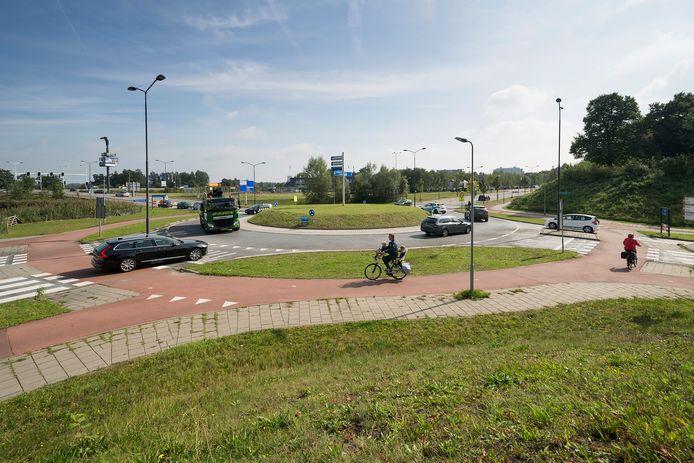 De rotonde bij de Postweg op de grens tussen Den Bosch en Vught.