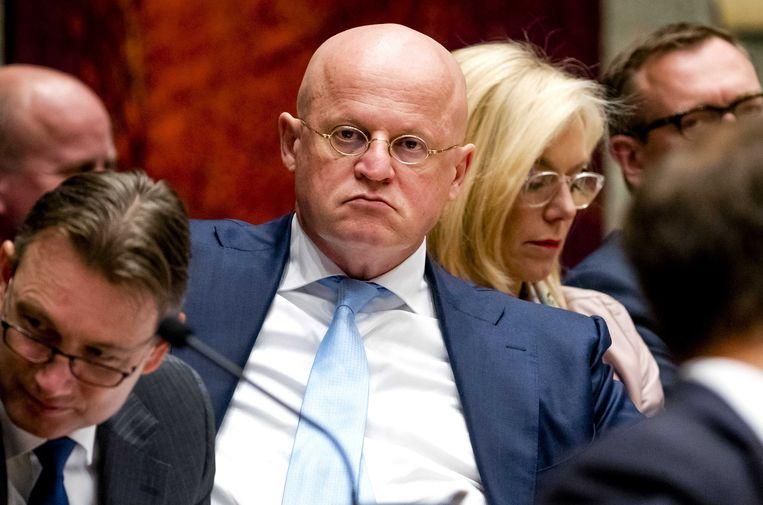 CDA-minister Ferdinand Grapperhaus in Vak K. PVV-leider Wilders heeft een motie van wantrouwen tegen hem op zak omdat Grapperhaus in het verleden heeft gepleit voor een dialoog met Syriëgangers. Beeld anp