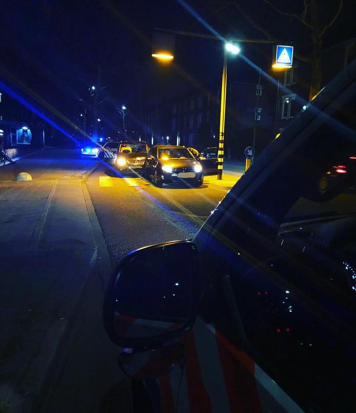 Een van de bestuurders is ter observatie naar het ziekenhuis gebracht.