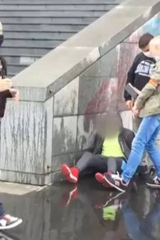 Attaque à Paris: l'assaillant admet avoir menti sur son âge et son identité