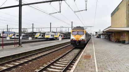 Al bijna hele dag vertragingen op spoor door defecte goederentrein