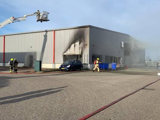 In een kantoortje in de bouwloods in Hulst is brand ontstaan.