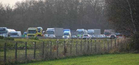 File na ongeval op A1 richting Hengelo