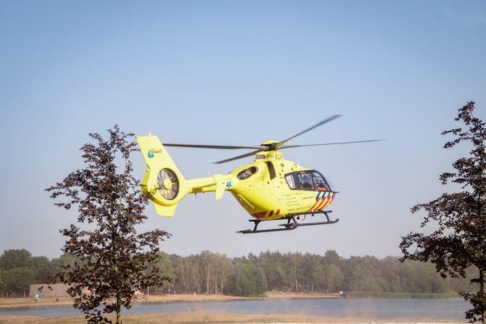 Een mobiel medisch team werd ingevlogen met een traumahelikopter om assistentie te verlenen bij recreatieplas 't Hilgelo bij Winterswijk.