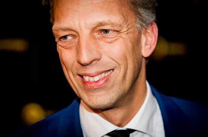 Sjors Fröhlich presenteert dinsdag op zijn laatste dag als hoofdredacteur bij BNR nog eenmaal een programma. De radiomaker, die burgemeester wordt van de gemeente Vijfheerenlanden, is van 11.00 tot 12.00 uur te horen als presentator van Ask Me Anything.
