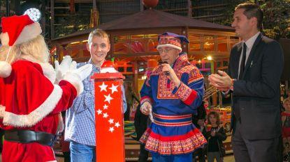 Helmut Lotti trapt kerstactie Waasland Shopping Center op gang en signeert fietsend nieuw album