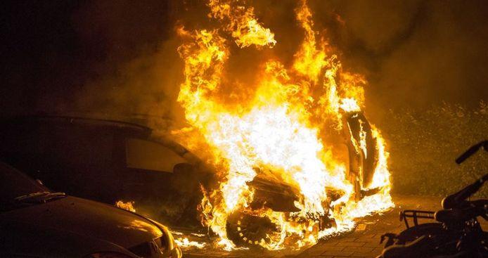 Franse steden zijn op een gegeven moment gestopt met het melden van het aantal autobranden om het competitiegevoel niet aan te wakkeren.