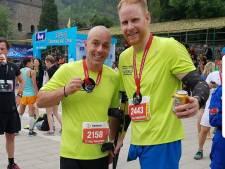 Alphense blade runner 'topfit' na halve marathon over Chinese Muur
