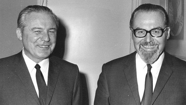 De oprichters van Radio Veronica, de gebroeders Jaap (links) en Hendrik (Bull) Verweij op archieffoto. Foto ANP Beeld