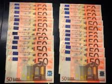 Automobilist tikt 1334 euro aan openstaande boetes contant af