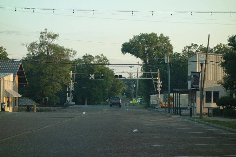 Een straat in Mississippi. Beeld null