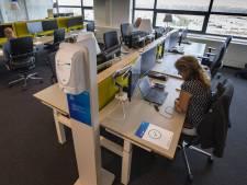 Waarom ASML nog dageljiks duizend mensen op kantoor laat werken