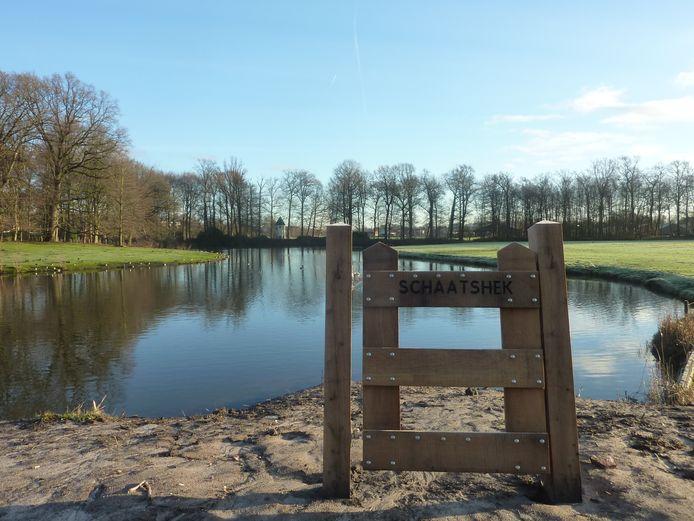 Het is al jaren niet koud genoeg meer om te schaatsen op het water aan het Jan Banninkpark.