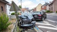 Vrouw en twee kinderen gewond bij ongeval