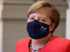 LIVE | Corendon tot 22 juli niet naar Turkije, Angela Merkel met mondkapje op de foto
