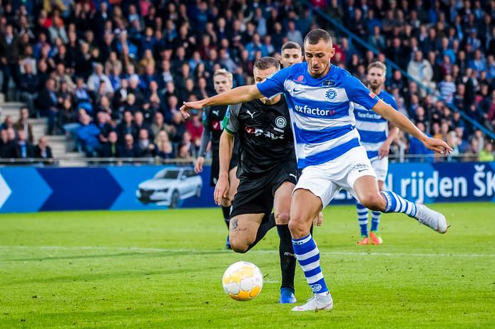 De Graafschap-aanvaller Jordy Thomassen was in het thuisduel met FC Groningen (0-1 nederlaag) kort voor tijd dicht bij de gelijkmaker.