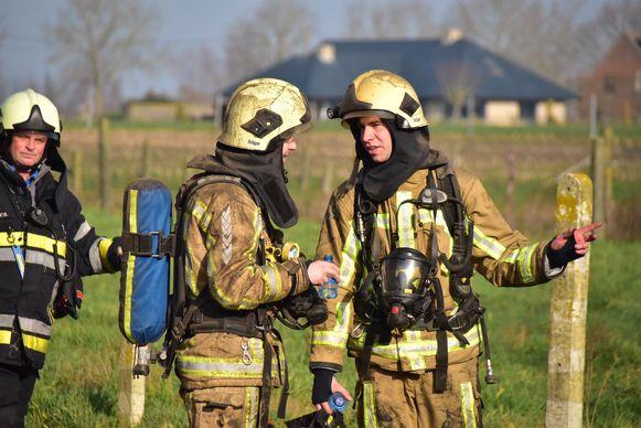 Ook sommige brandweerlui kwamen niet al te proper uit de interventie.