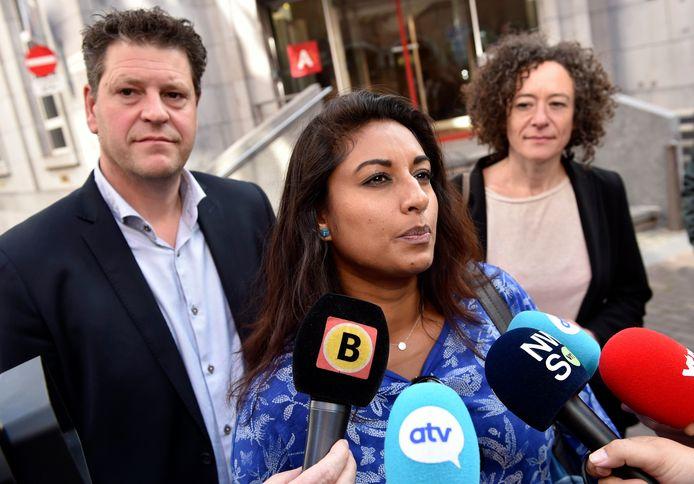 De sp.a-delegatie met Jinnih Beels, Tom Meeuws en Yasmine Kherbache bij de eerste gesprekken met De Wever net na de verkiezingen.