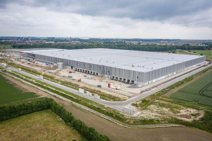 Het logistieke centrum van DSV op bedrijventerrein Welgelegen in Tholen.