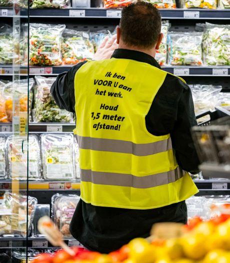 Burgemeester aan supermarkten: 'Bied schone mandjes aan en durf klanten aan te spreken'