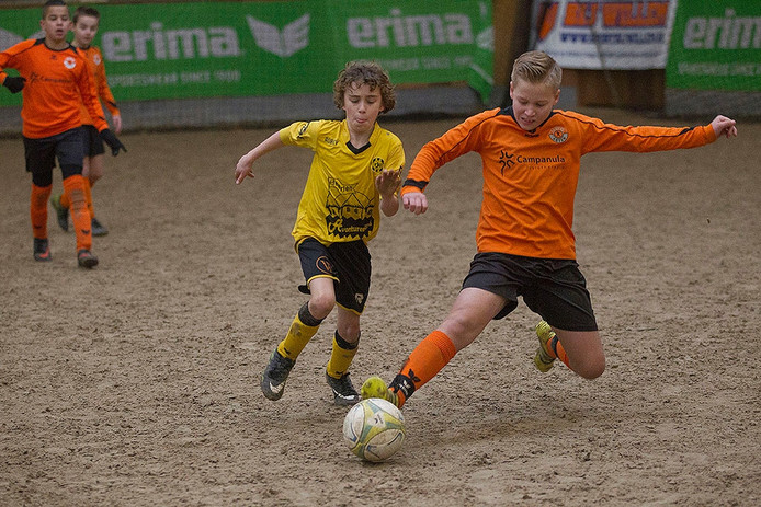 Manegevoetbal in Asten
