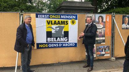 Vlaams Belang hangt zelf verkiezingsaffiche na 'discriminatie' van stad Brussel