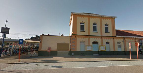 Het station van Geel, waar de tiener gisteren voor het laatst gezien werd.