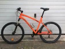 Jongen (12) van nieuwe fiets beroofd