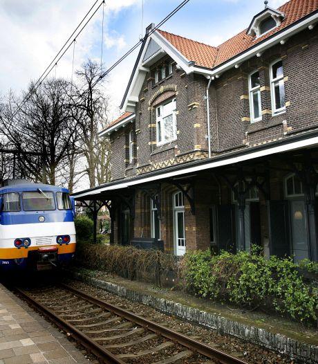 NS gaf per ongeluk stationsgrond weg: 'Een administratief foutje? Ammehoela!'