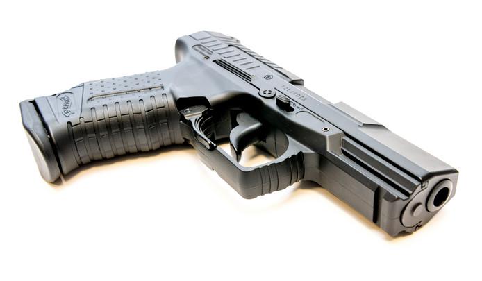 Een nepwapen, ter illustratie.
