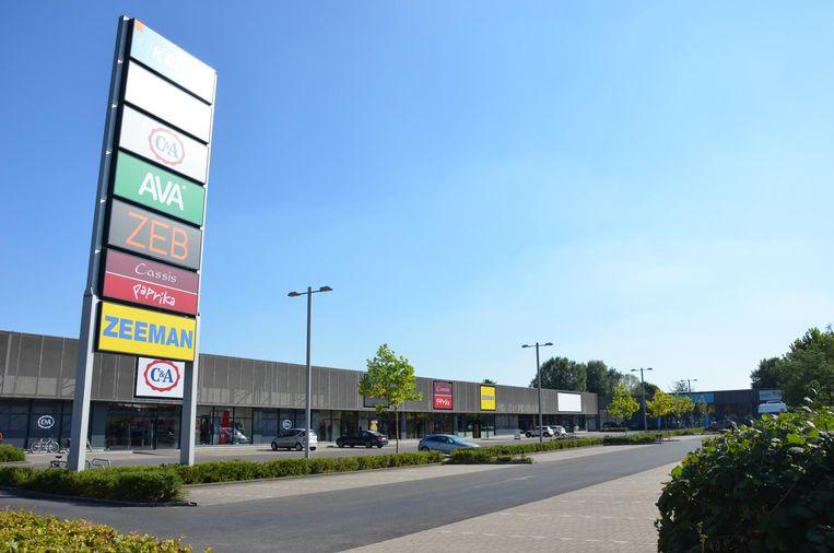 Op dit terrein aan de Lokerse Zelebaan wil Albert Heijn een nieuwe vestiging openen.