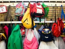 Hippe schooltas en fiets voor kinderen uit arme gezinnen in Olst-Wijhe