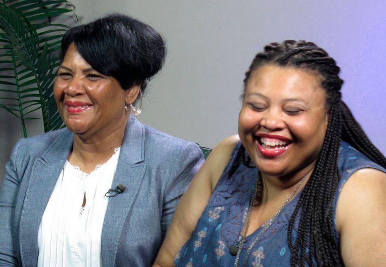 Alice Marie Johnson, links, en her dochter Katina Marie Scales. Beeld AP