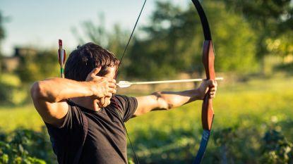 Twintiger speelt 'Robin Hood' na diefstal  en  deelt 17.000 euro uit aan de armen