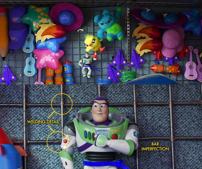 Sur cette image, on peut voir que les barres en fer auxquelles Buzz est attaché ne sont pas tout à fait droites et qu'elles ont des défauts. C'est fait exprès: il faut que tout soit parfaitement imparfaits pour que vous trouviez ça normal.