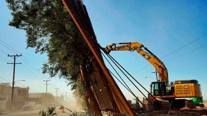 Grensmuur van Trump niet bestand tegen wind: deel van stalen constructie omver geblazen