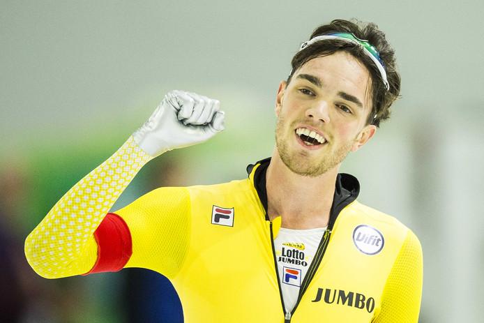 Patrick Roest na zijn 10 kilometer tijdens het kwalificatietoernooi voor de wereldbekerwedstrijden in Heerenveen.