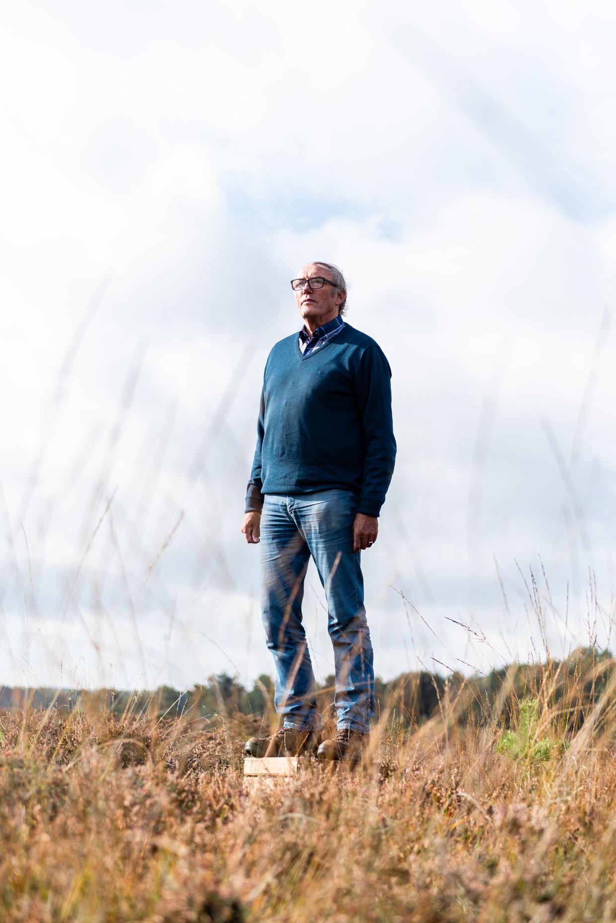 Jan Bos uit Apeldoorn op de hei in Staverden.