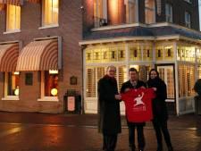 Cornielje ontsteekt Bevrijdingsvuur in Wageningen