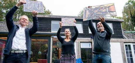 Kopers kringloop-ramen doen afstand; glaskunstwerk uit Ootmarsum weer compleet