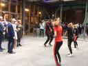 Koningin Màxima bekijkt een dansoptreden in Noordkade.