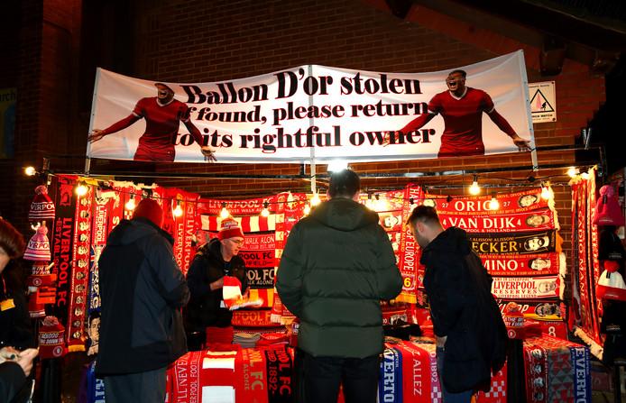 Volgens Liverpool-fans is de Gouden Bal niet voor Messi maar voor Van Dijk.