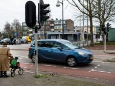 Koninginnelaan lastige horde voor ouderen, op weg naar winkelcentrum in Apeldoorn: 'Ik snap wel dat ze er huiverig voor zijn'