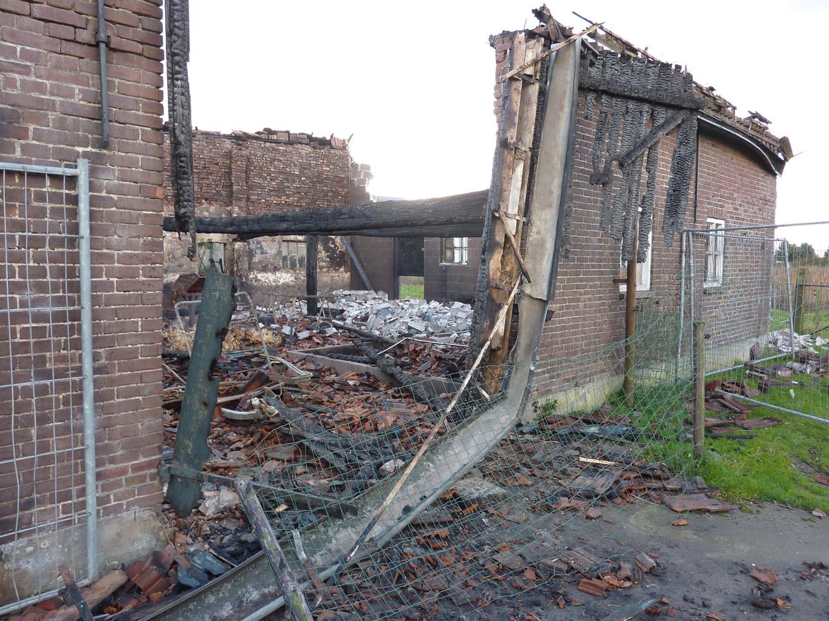 De ravage na de brand, 2012. Foto: Frans Raaijmakers/BD